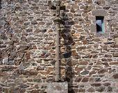 Le bourg, croix monumentale (2ème moitié du XVIIème siècle) ( 2008)
